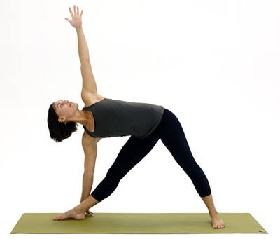 how to protect your knees in trikonasana pose in yoga